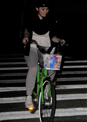 Sophie Simmons riding her bike in Los Angeles