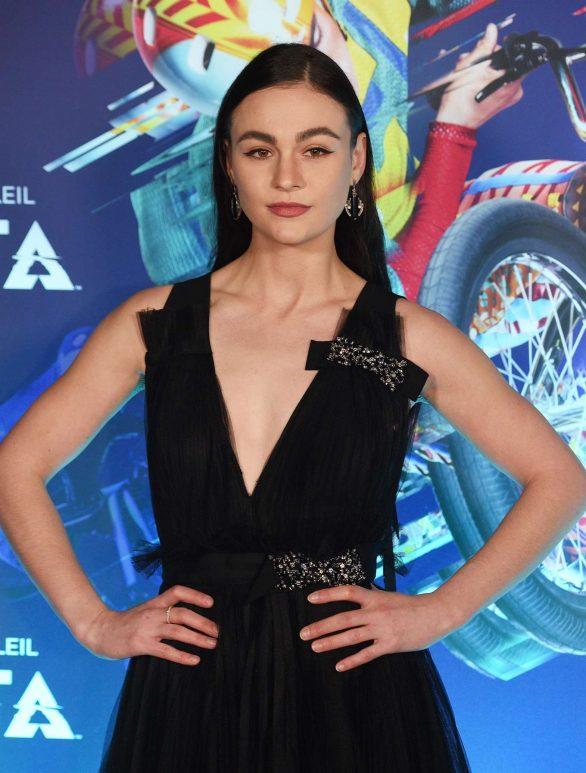 Sophie Skelton - Cirque du Soleil 'Volta' Premiere in Los Angeles