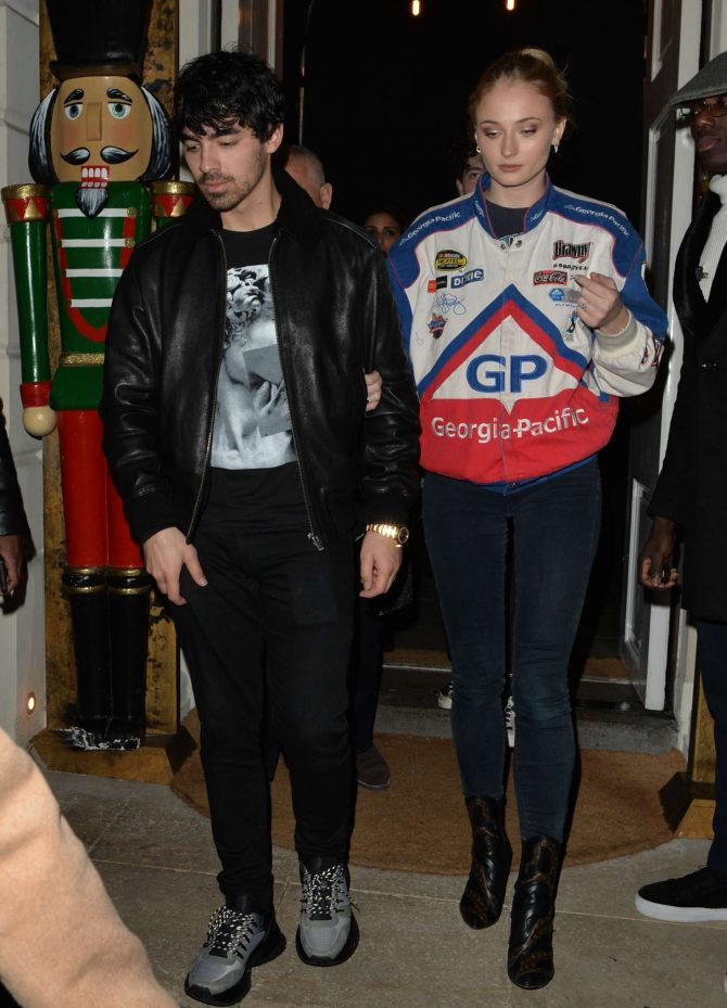 Sophie Turner and Joe Jonas at Sketch Restaurant in London