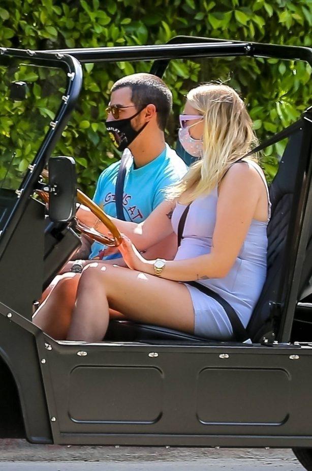 Sophie Turner and Joe Jonas - Driving around their neighborhood in Los Angeles