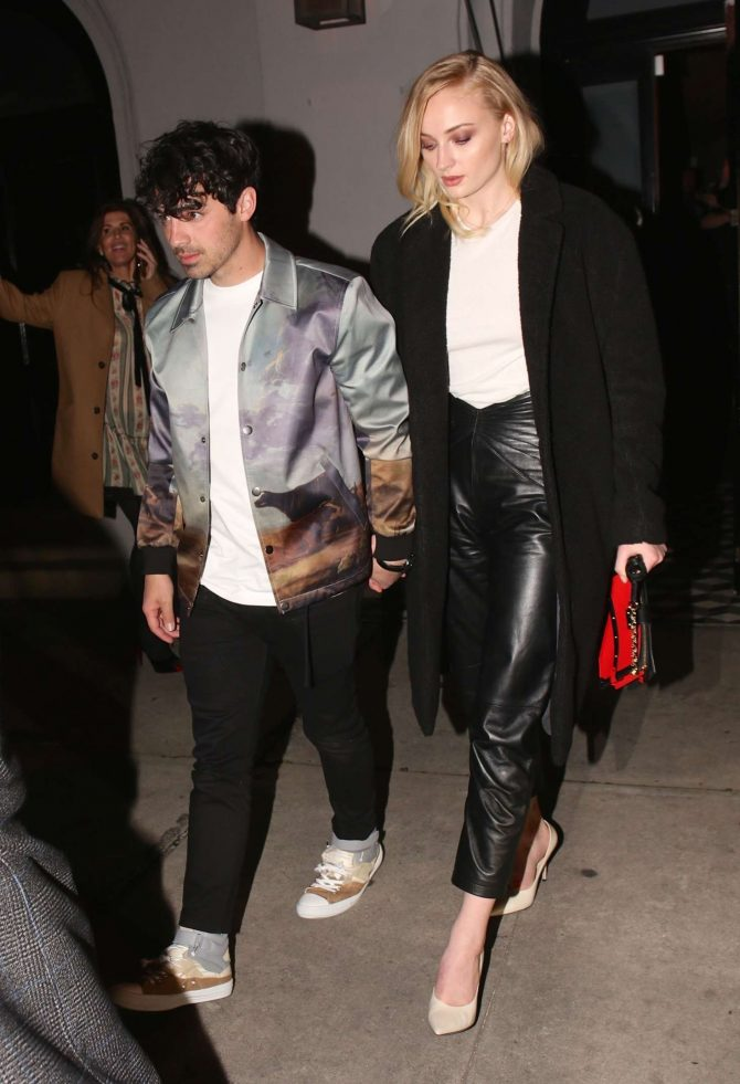 Sophie Turner 2019 : Sophie Turner and Joe Jonas: Exit Craigs in West Hollywood -01