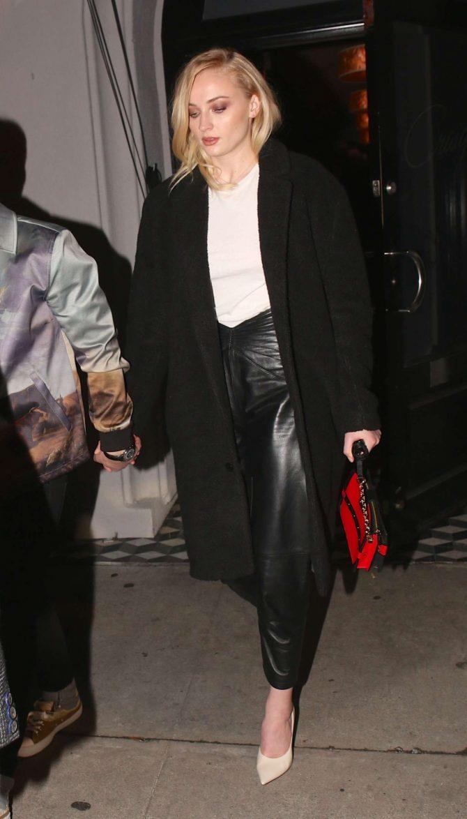 Sophie Turner and Joe Jonas: Exit Craigs in West Hollywood -03