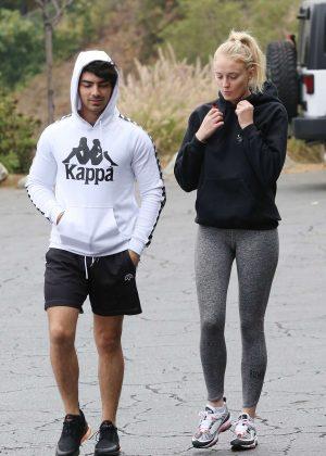 Sophie Turner and Joe Jonas - Heads to the gym in Los Angeles