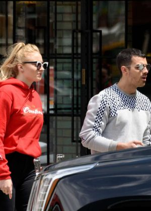 Sophie Turner and Joe Jonas Leaves a restaurant in NYC