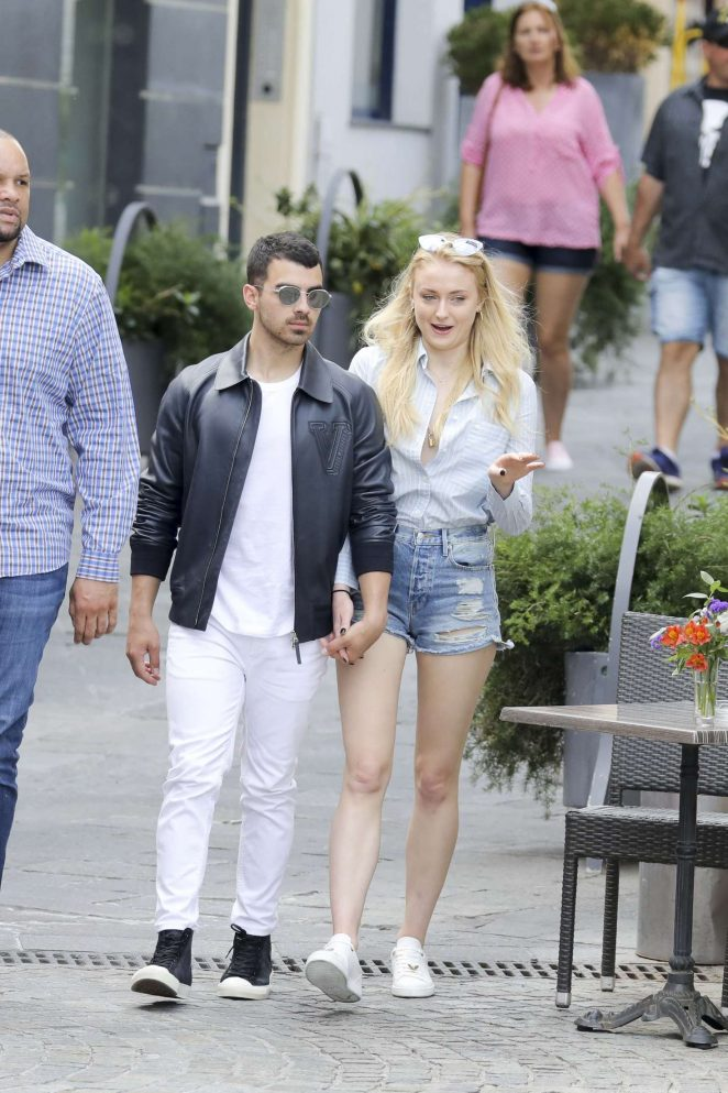 Sophie Turner and Joe Jonas on the beach in Cannes