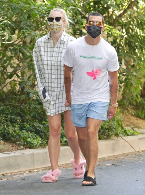 Sophie Turner and Joe Jonas - Out for a stroll in Encino