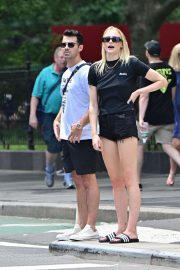 Sophie Turner and Joe Jonas - Out for lunch in New York City