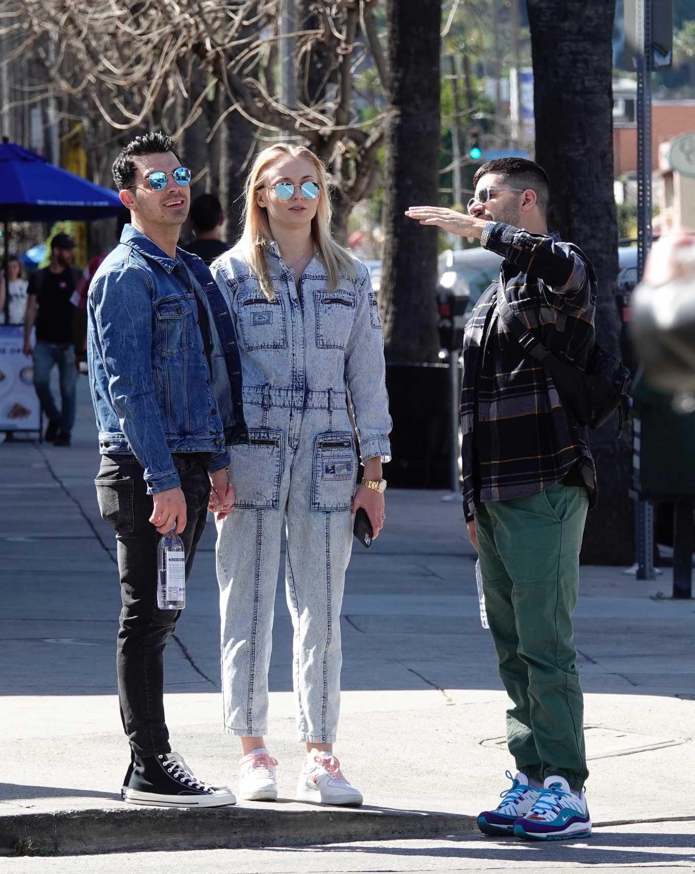 Sophie Turner 2019 : Sophie Turner and Joe Jonas – Out in Los Angeles-01