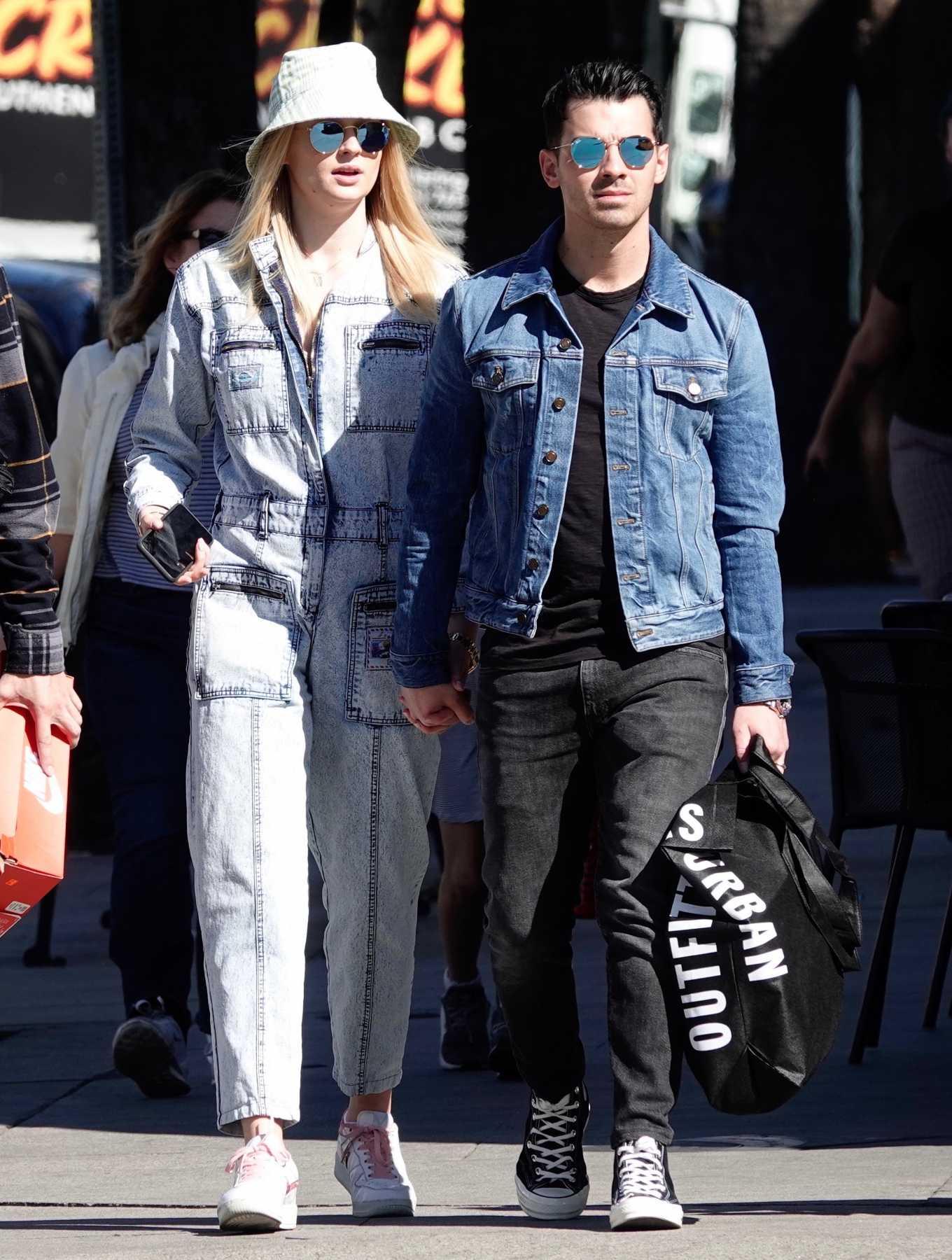 Sophie Turner 2019 : Sophie Turner and Joe Jonas – Out in Los Angeles-04