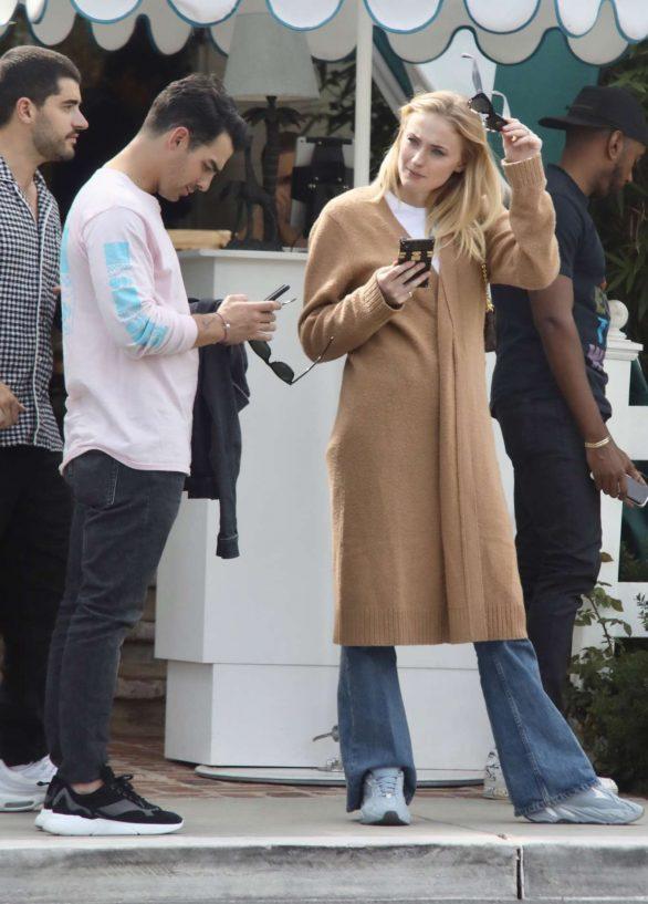 Sophie Turner 2019 : Sophie Turner and Joe Jonas – Out in Los Angeles-08