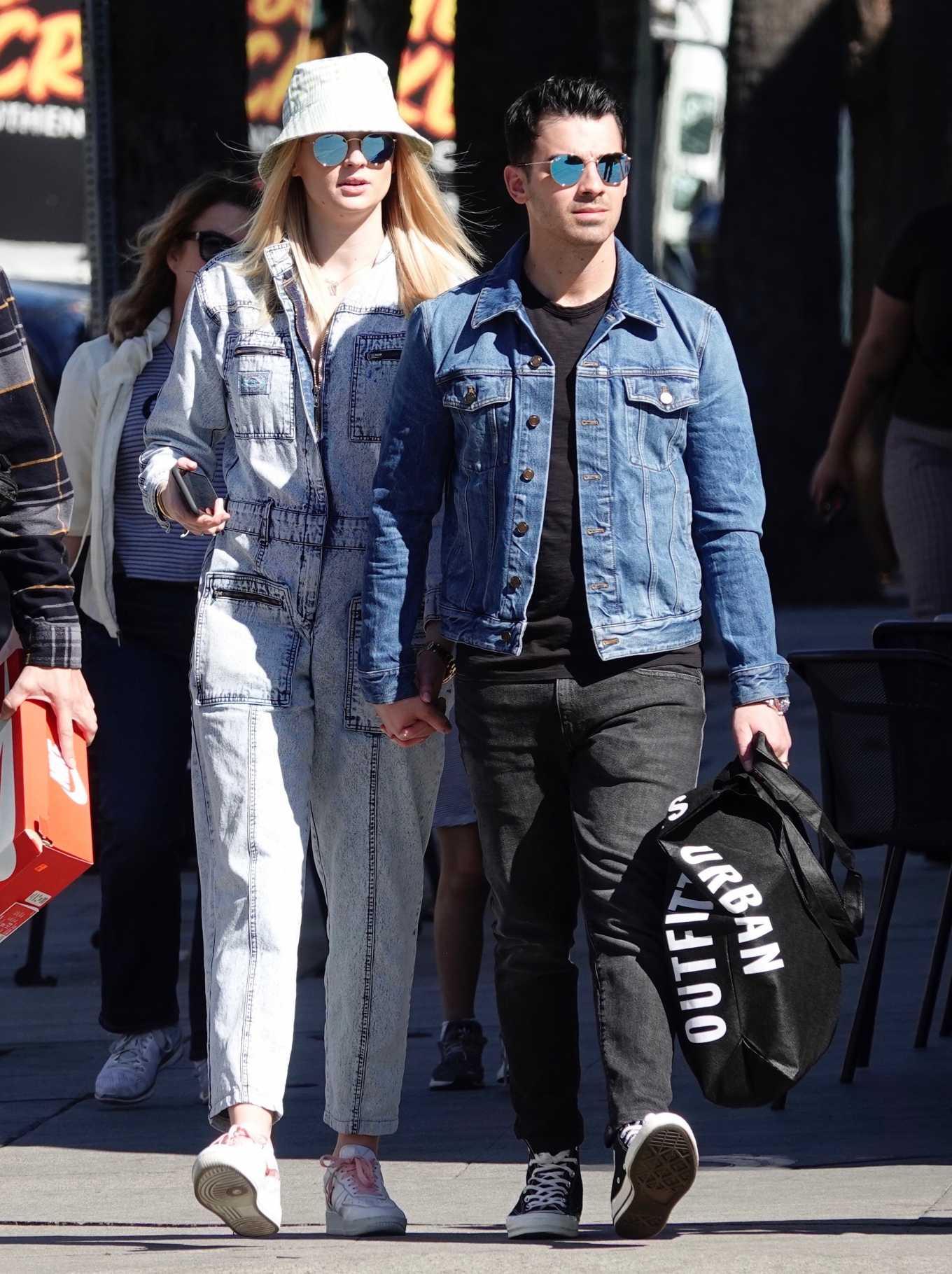 Sophie Turner 2019 : Sophie Turner and Joe Jonas – Out in Los Angeles-11