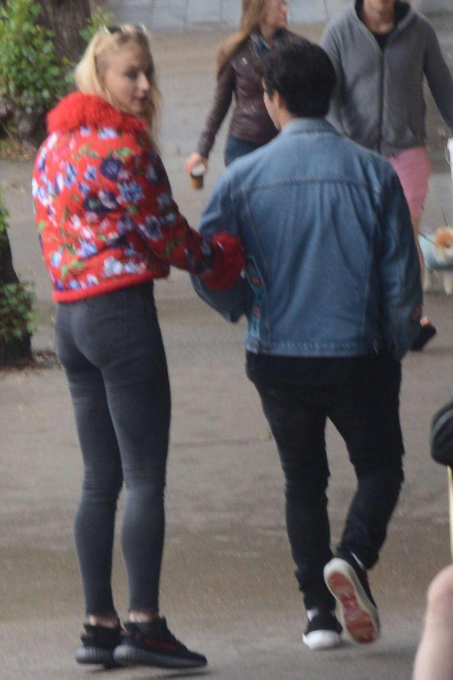 Sophie Turner and Joe Jonas out in Sydney