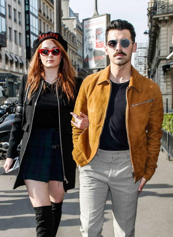 Sophie Turner and Joe Jonas Out shopping in Paris