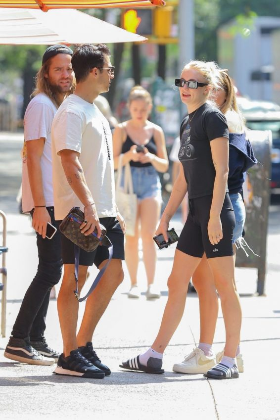 Sophie Turner and Joe Jonas - Seen after their lunch with friends in New York