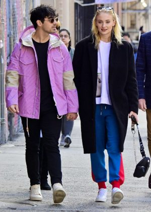 Sophie Turner and Joe Jonas - Shopping in NYC