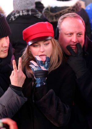Sophie Turner - Dick Clark's New Year's Rockin' Eve with Joe Jonas in NYC
