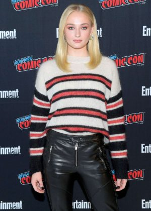 Sophie Turner - Entertainment Weekly Panel at 2018 New York Comic Con