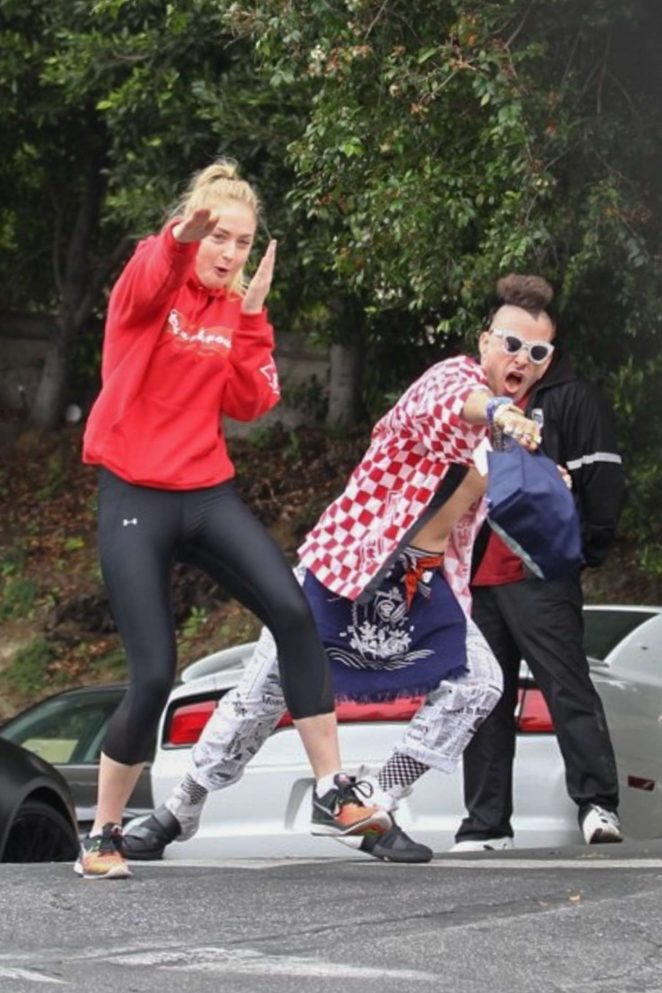 Sophie Turner - Having fun with the paparazzi at the gym in LA