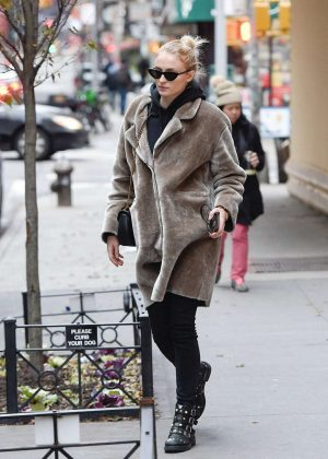 Sophie Turner in Fur Coat - Out in New York City