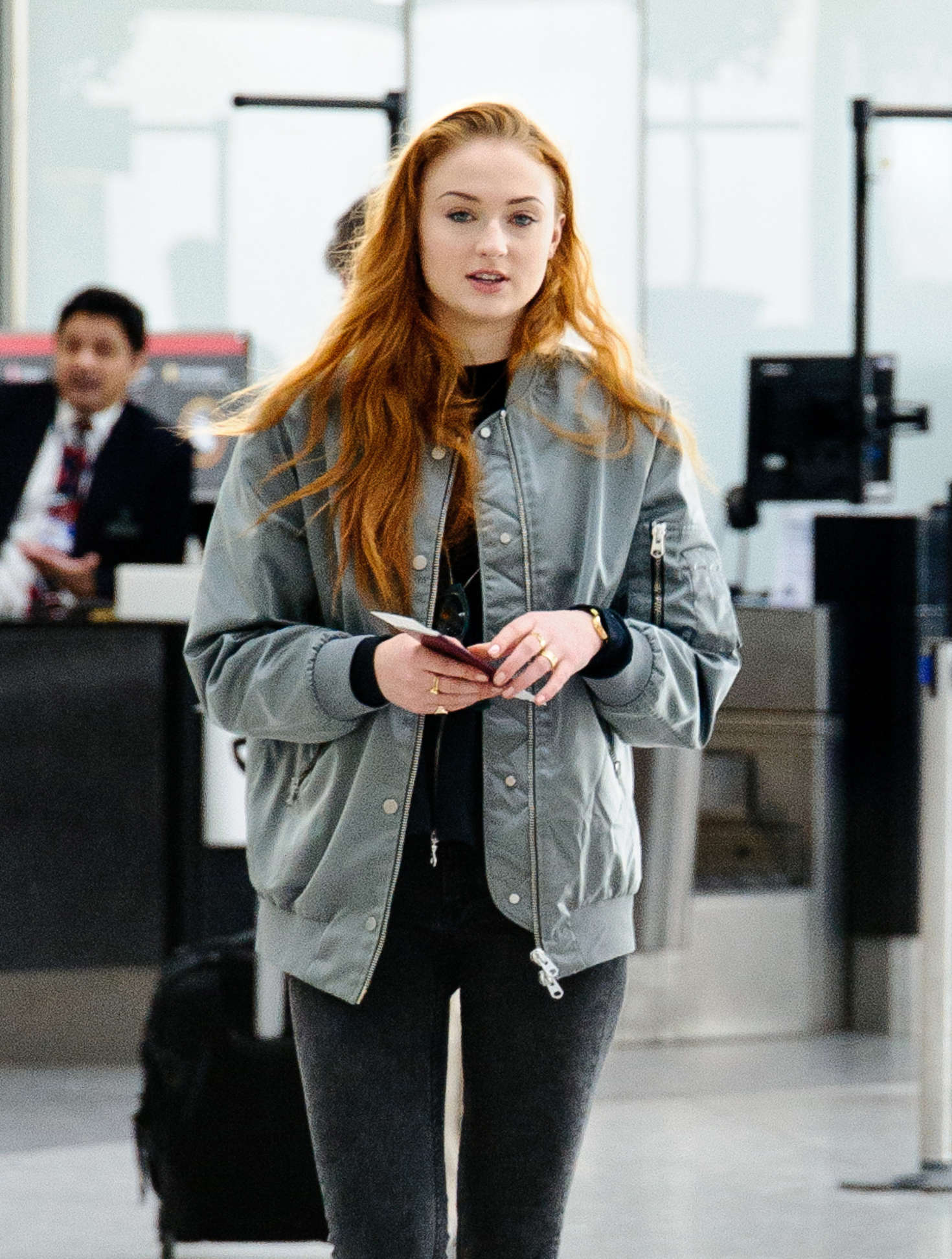Sophie Turner in Tight Jeans at Heathrow Airport in London