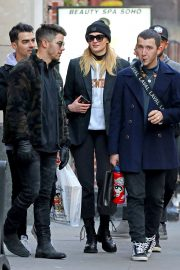 Sophie Turner, Joe and Nick Jonas - Out in New York