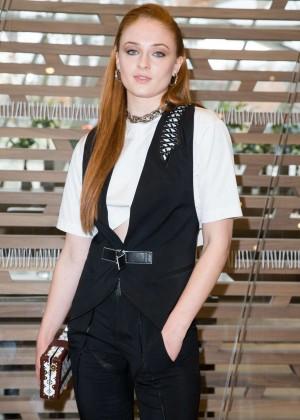 Sophie Turner - Louis Vuitton Fashion Show 2016 in Paris