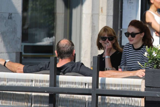 Sophie Turner: Out with her parents in Montreal-04