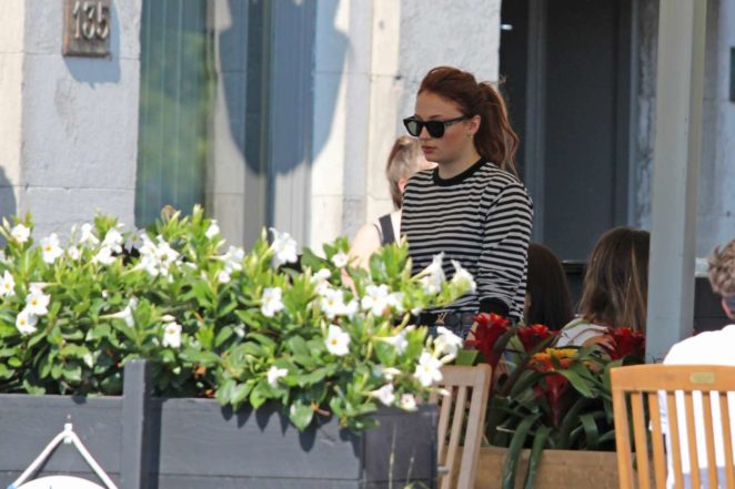 Sophie Turner: Out with her parents in Montreal-06