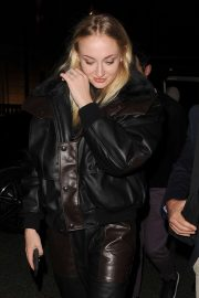 Sophie Turner - Returning to her hotel in London