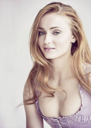 Sophie Turner - Vanity Fair Magazine (April 2016)