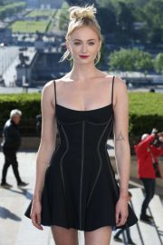 Sophie Turner - 'X-Men: Dark Phoenix' Photocall in Paris
