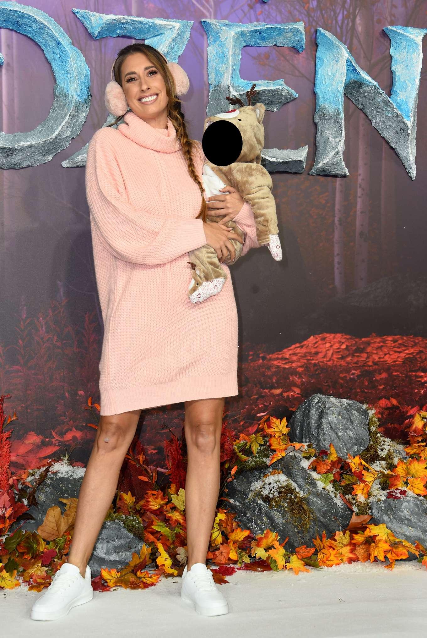 Stacey Solomon - 'Frozen 2' Premiere in London