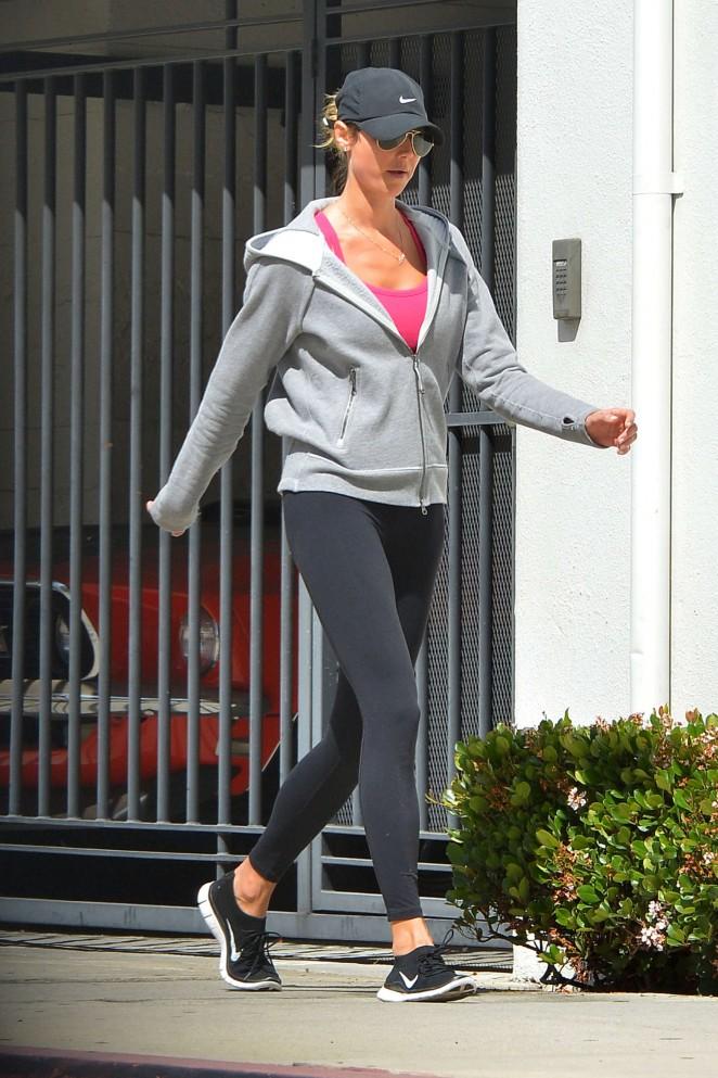 Stacy Keibler 2015 : Stacy Keibler in Spandeex -01