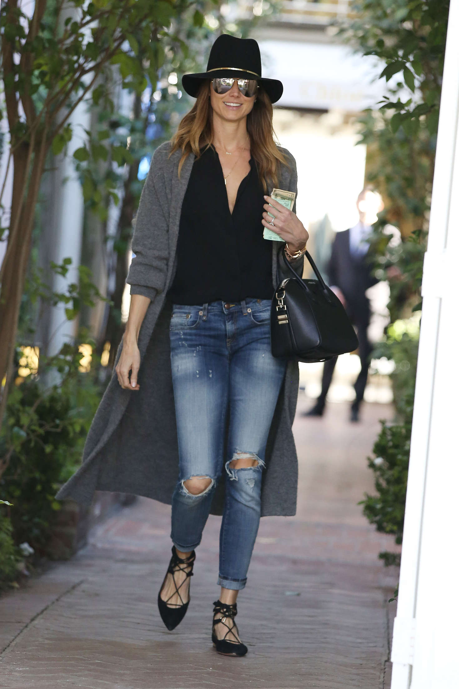 Stacy Keibler 2017 : Stacy Keibler: Shopping on Melrose Place -01