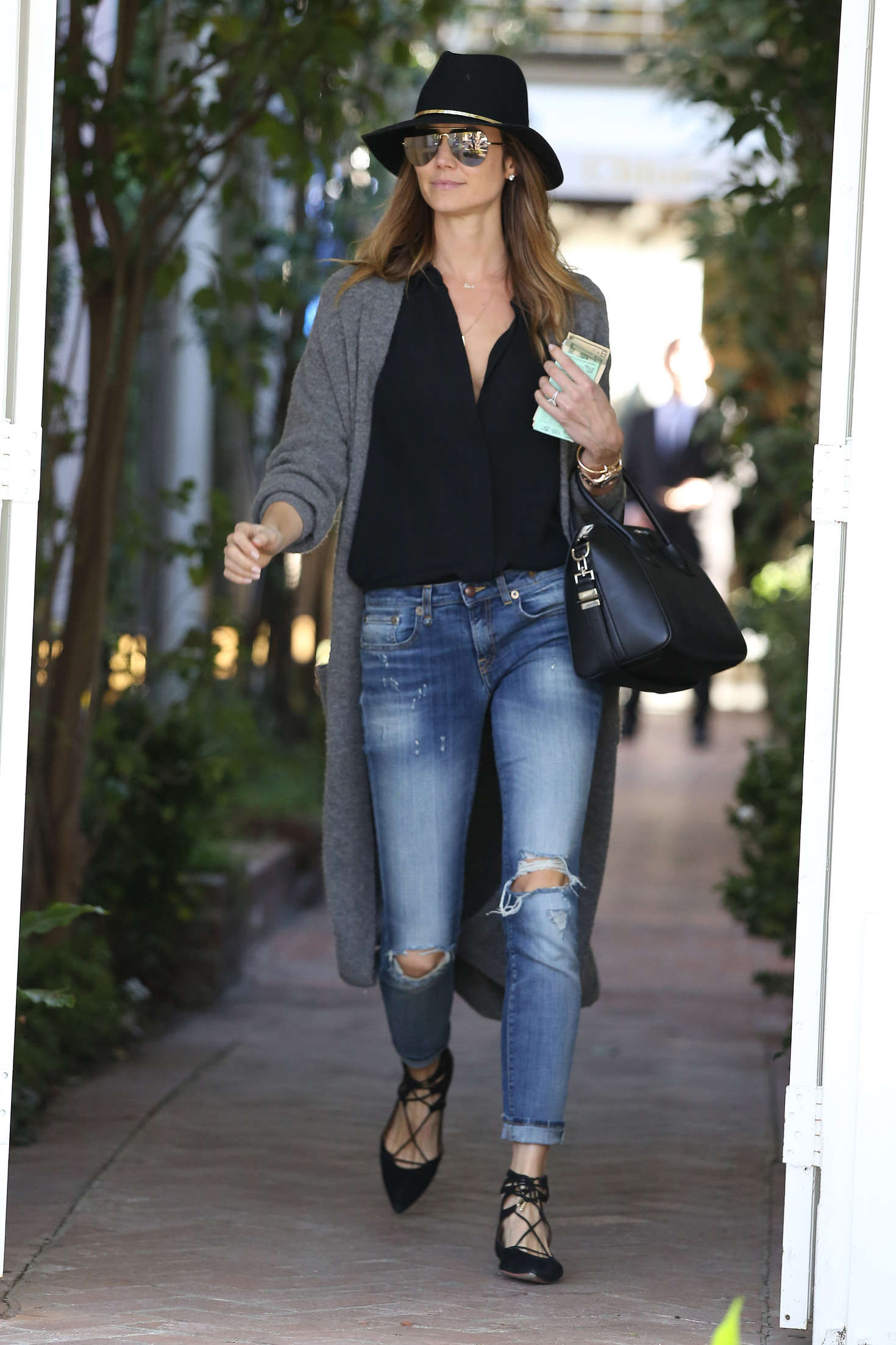 Stacy Keibler 2017 : Stacy Keibler: Shopping on Melrose Place -07
