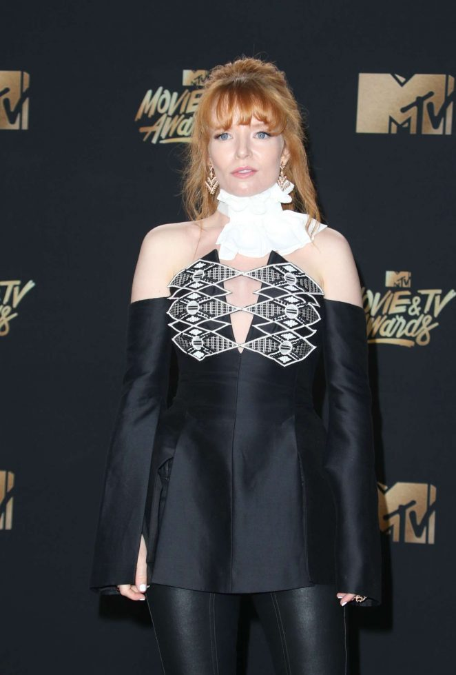 Stef Dawson - 2017 MTV Movie And TV Awards in Los Angeles