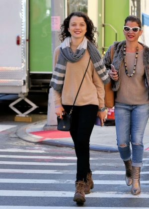Stefania Owen - Shopping With Her Mother in NYC