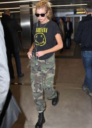 Stella Maxwell - Arrives at Linate Airport in Milan