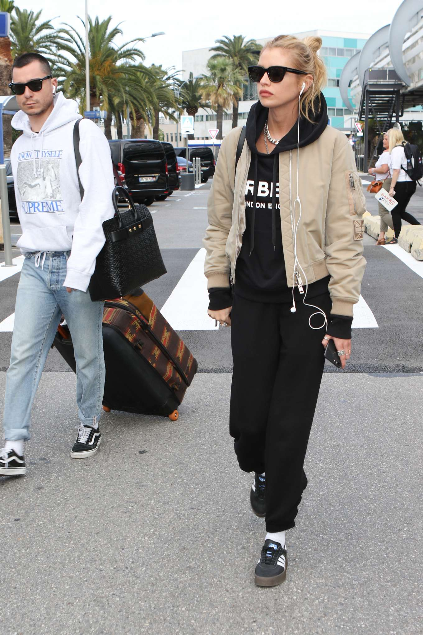 Stella Maxwell 2019 : Stella Maxwell: Arrives at Nice Airport-09
