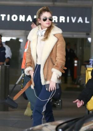 Stella Maxwell at Los Angeles International Airport