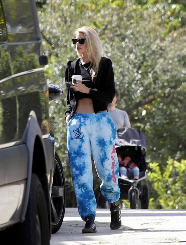 Stella Maxwell - Heads Out for a Coffee in Los Angeles
