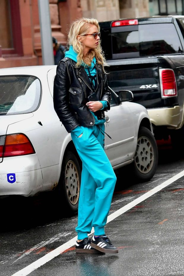 Stella Maxwell in Leather Jacket and Tracksuit -05