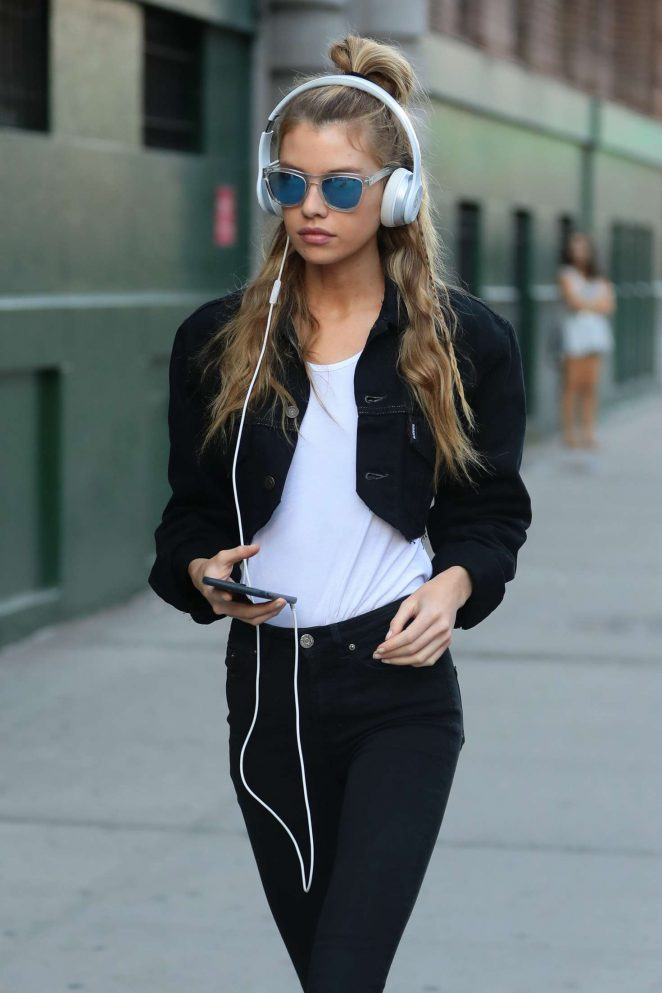 Stella Maxwell in Skinny Jeans out in NYC