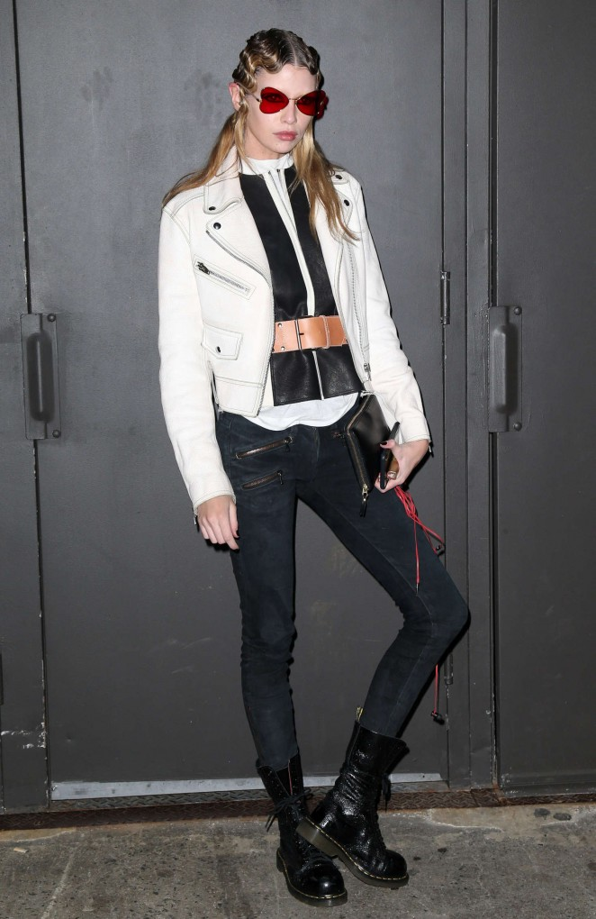 Stella Maxwell – Marc Jacobs 2016 Fashion Show in NYC