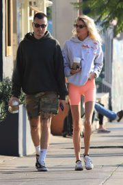 Stella Maxwell - Out for coffee in Los Angeles