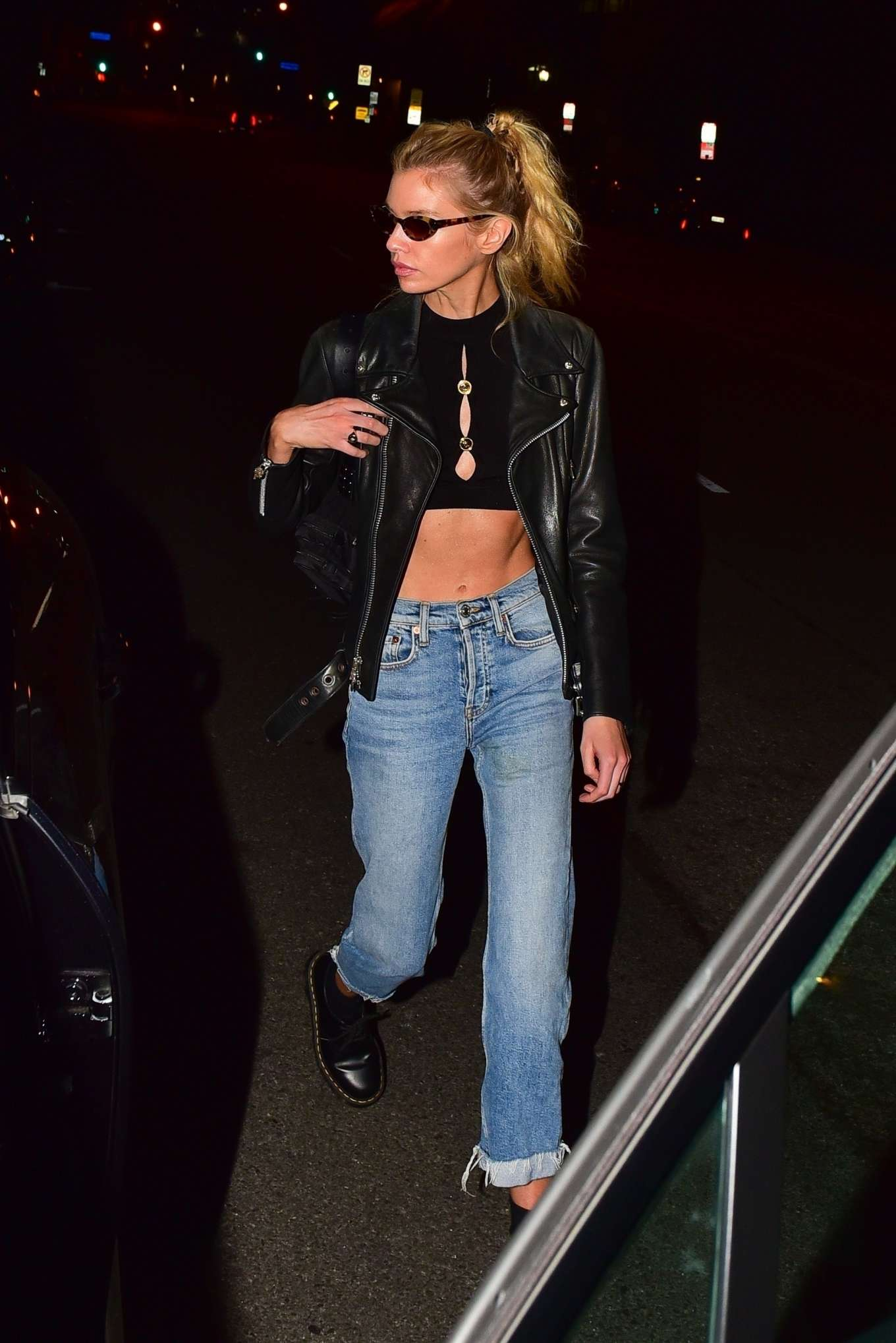 Stella Maxwell 2019 : Stella Maxwell – Out for dinner in Hollywood-13