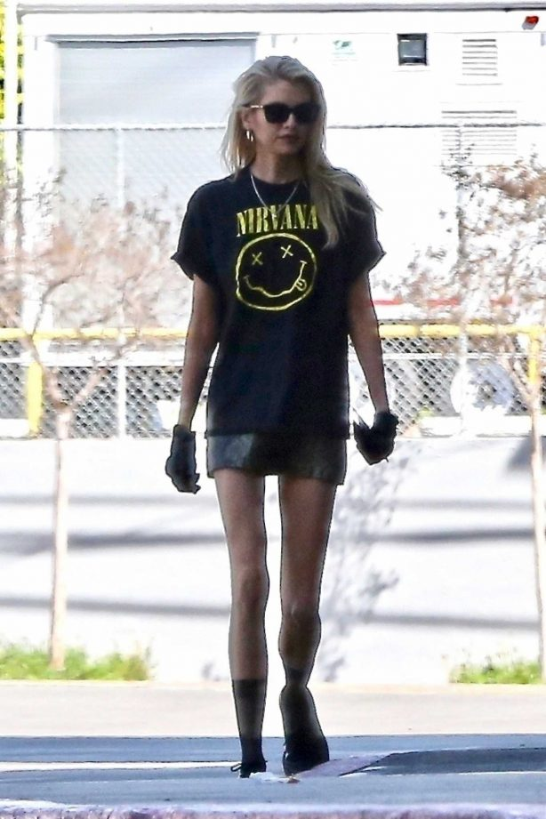 Stella Maxwell - Out in Los Angeles