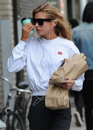 Stella Maxwell out in New York