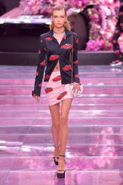 Stella Maxwell - Versace Runway Show SS 2020 in Milan