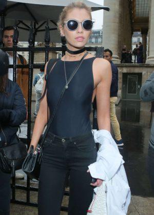 Stella Maxwell - Versace Spring Summer 2017 Fashion Show in Paris